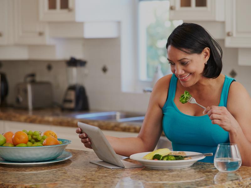 Women eating-Resource Card Thumbnail